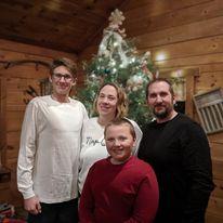 https://secure.emochila.com/swserve/siteAssets/site12183/images/Krick_Christmas.jpg