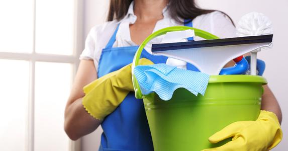 https://secure.emochila.com/swserve/siteAssets/site12881/images/housemaid-holding-pail-of-cleaning-materials_573x300.jpg