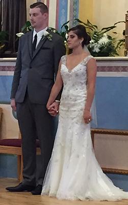 https://secure.emochila.com/swserve/siteAssets/site9150/images/wedding1.jpg